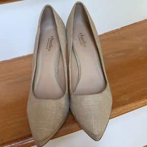 Charles David natural linen look pointed toe pumps